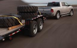 RAM 1500 towing trailer