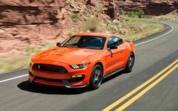 2016 Ford Mustang Shelby GT350 in Competition Orange
